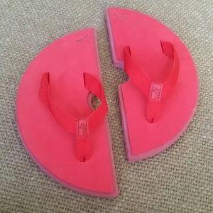 Puma watermelon  flip flops